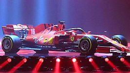 Ferrari představilo v divadle novou zbraň - vůz SF1000