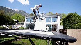 Práce z domova v podání bikera Fabio Wibmera