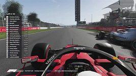 Virtuální GP Španělska vyhrál Russel, neztratil se ani gólman Courtois