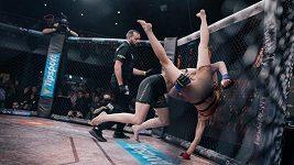 Senzace na české MMA scéně. Osmnáctiletá Tereza Bledá dokázala porazit Lucii Pudilovou