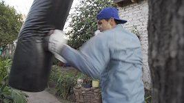 Argentinský boxer se připravuje na olympijské hry v improvizovaných podmínkách