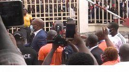 Drogba se oficiálně připojil ke kandidátům na šéfa fotbalu v Pobřeží slonoviny