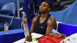 Serena Williamsová v zápase s Marií Sakkariovou