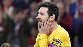 Messi se po neúspěšném pokusu o přestup poprvé hlásil na tréninku Barcelony