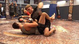 David Dvořák se chystá na Američana Espinosu. Před svým druhým zápasem v UFC vyvracel, že je terorista