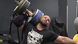 Strongman Lukáš Patera chce světový rekord v jednoručce