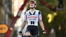 Čtrnáctou etapu Tour de France vyhrál po úniku Dán Andersen