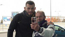 Machmud Muradov letí ke svému třetímu zápasu v UFC. Chce vyhrát pro dceru
