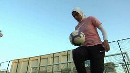 První žena nastoupila jako trenérka zcela mužského fotbalového týmu v Egyptě