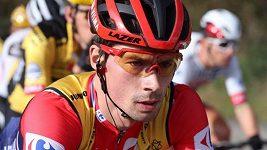 Primož Roglič vybojoval ve spurtu 16. etapy Vuelty druhé místo, vítězsví slavil Dán Cort