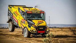 Každý den máme na startu nového Karla, libuje si pilot Martin Macík po polovině Dakaru