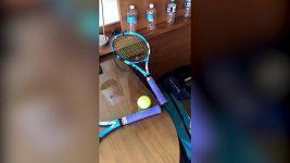 Čím si krátí čas francouzský tenista Edouard Roger-Vasselin v hotelové karanténě?