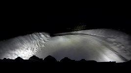 Tänak vede, Ogier ve sněhu naboural