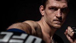 Pořádná dávka adrenalinu. Davida Dvořáka nečeká v zámoří jen bitva v UFC