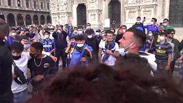 Fanoušci Interu Milán oslavovali v centru města mistrovský titul