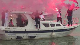Bujaré oslavy fanoušků CZ Bělehrad