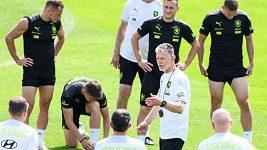 Záznam: TK českého fotbalového týmu před zápasem s Anglií