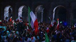 Italští fanoušci slavili po finále EURO