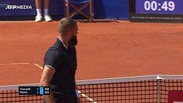 Francouzský tenista předvedl parádní úder