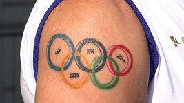 Překvapení v české olympijské výpravě. Tetování kvůli Tokiu, v šestašedesáti letech!