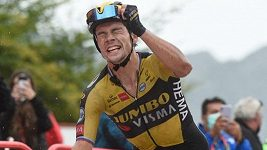 Favorit Roglič se po suverénním vítězství v 17. etapě vrátil do čela Vuelty