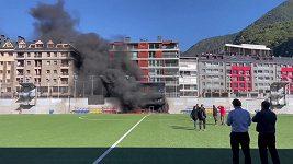 Požár před zápasem Andorra - Anglie