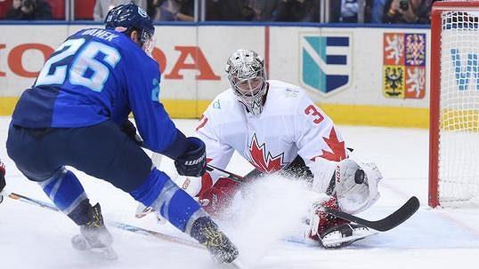 Kanaďané vsamotném závěru otočili druhé finále abez porážky vyhráli Světový pohár